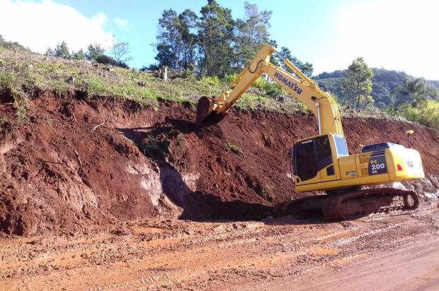 Quedas de barreiras interrompem trecho da ERS-373, em Gramado Daer / Divulgação/Divulgação