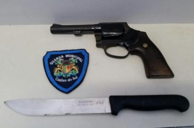 Guarda Municipal apreende imitação de revólver em Caxias Guarda Municipal/Divulgação