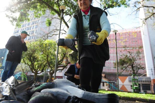 Nova matança de pombos é registrada em Caxias do Sul Roni Rigon/Agencia RBS