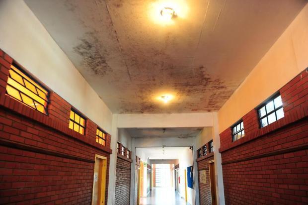 Escola Ivanyr Marchioro, em Caxias, sofre com estrutura precária e frequentes alagamentos Porthus Junior/Agencia RBS