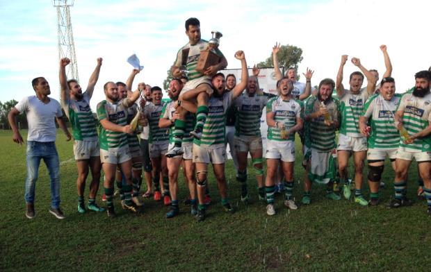 Farrapos conquista o oitavo título consecutivo do Estadual e a Liga Sul Cristiano Daros / Pioneiro/Pioneiro