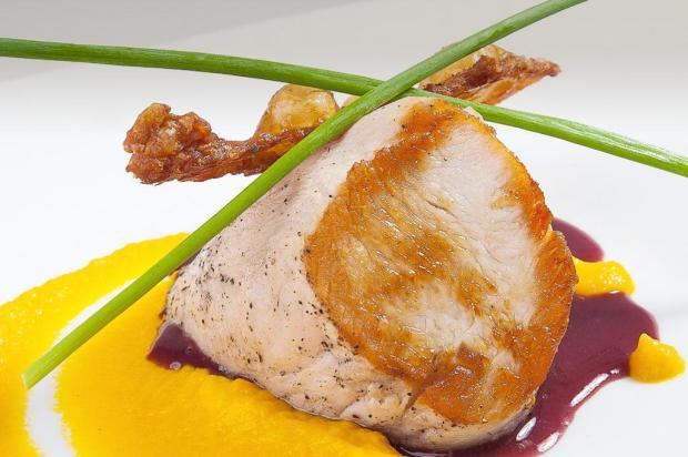 Prove peru com purê de cenoura e molho de especiarias Sadia/Divulgação
