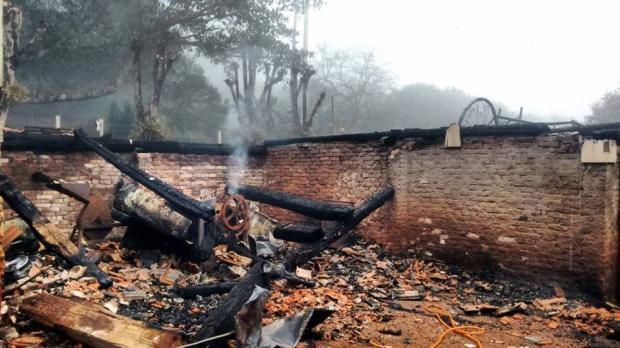 Após perder tudo em incêndio em Bento Gonçalves, casal de idosos precisa de ajuda Renata Eitelven / divulgação/divulgação