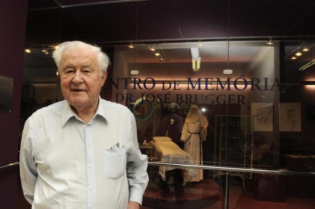 Médico José Brugger morre aos 87 anos em Caxias do Sul Roni Rigon/Agencia RBS