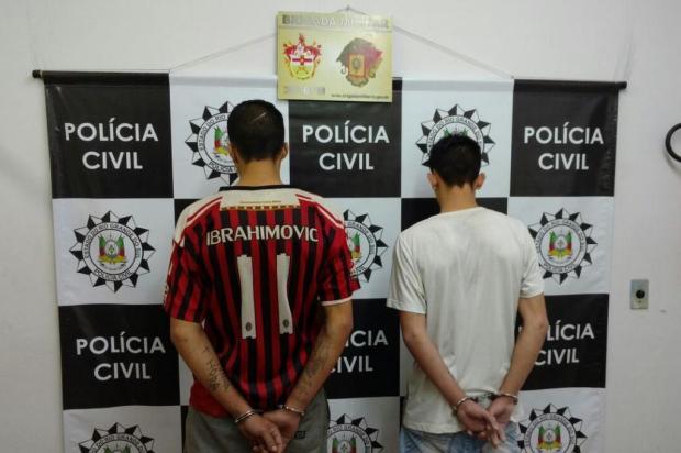Dois jovens são presos durante operação da Polícia Civil em Farroupilha Polícia Civil/Divulgação