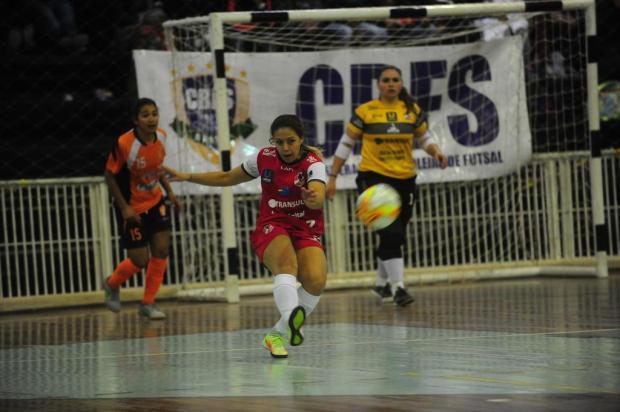 Fixa caxiense projeta título da Copa do Brasil com equipe das Leoas-SC Roni Rigon/Agencia RBS
