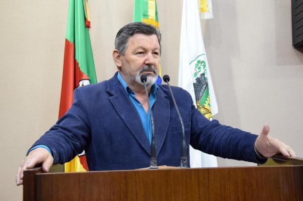 Vereadores dizem que prefeito de Caxias do Sul mente Franciele Masochi Lorenzett/Divulgação