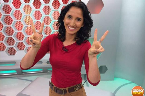 """Alice Bastos Neves assume seus crespos no """"Globo Esporte"""" Reprodução/Facebook,RBS TV"""