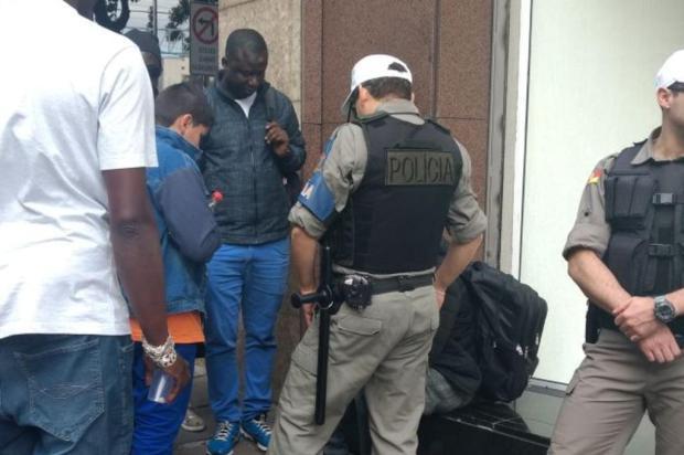 Vítima de racismo, senegalês é agredido no centro de Caxias do Sul Kamila Mendes/Agencia RBS