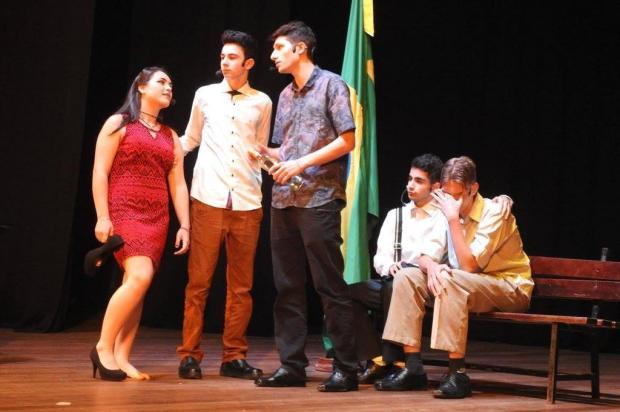Escola de Bento homenageia Vinicius de Moraes e conquista filha caçula do poeta Eliana Passarin/Divulgação