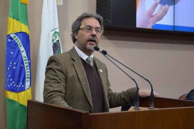 Questionada a base legal para prefeito Daniel Guerra afirmar que não tem vice Matheus Teodoro/Divulgação