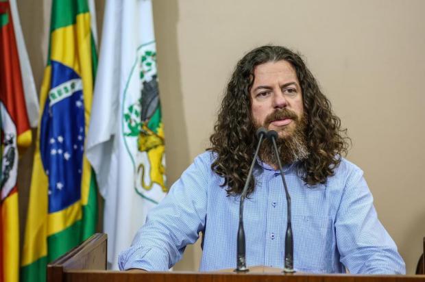 Vereador faz voto de pesar por morte de cão Luiz Carlos Erbes/Divulgação