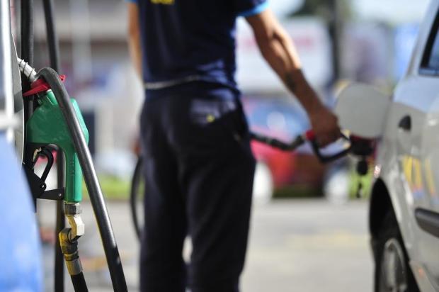 Preço médio da gasolina atinge R$ 4,99 em Caxias Gabriel Haesbaert/NewCo DSM