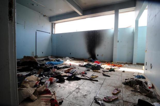 Quando a prefeitura não ocupa imóveis em Caxias, degradação e vandalismo são comuns Jonas Ramos/Agencia RBS