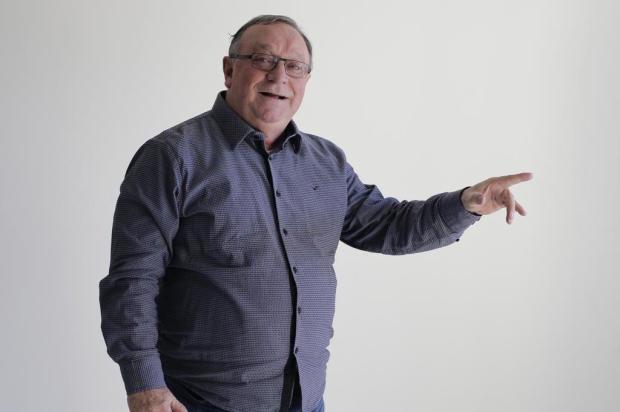 """Pedro Ernesto canta sua história no São Pedro: """"Dizem que vão sair de Porto Alegre no dia do show..."""" Félix Zucco/Agência RBS"""