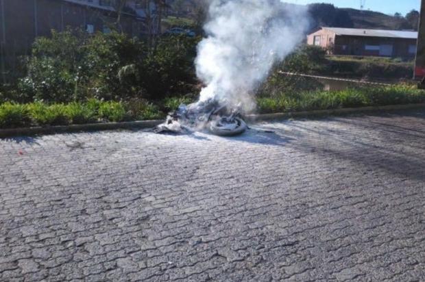 Motociclista morre após acidente na RSC-453, em Garibaldi Claudir Pontin/Rádio Estação / divulgação