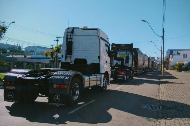 Procissão do Dia do Motorista reúne centenas de caminhoneiros em Caxias do Sul Mateus Frazão/Agencia RBS