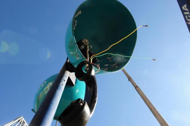 Orelhões ainda existem em Caxias do Sul, mas não funcionam Roni Rigon/Agencia RBS