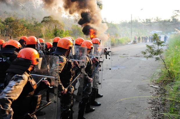 Fumaça e explosões: BM de Caxias do Sul realiza simulação de operações especiais Porthus Junior/Agencia RBS