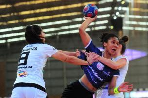 Apahand perde para a equipe do Maringá pela Liga Nacional Porthus Junior/Agencia RBS