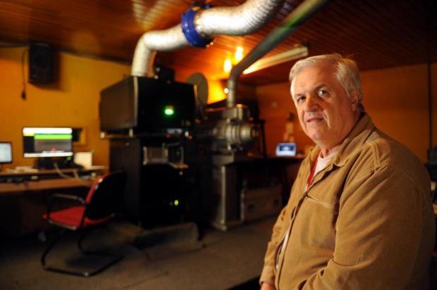 O homem da projeção:José Luis de Almeida cuida do telão no Palácio dos Festivais desde 1980 Felipe Nyland/Agencia RBS