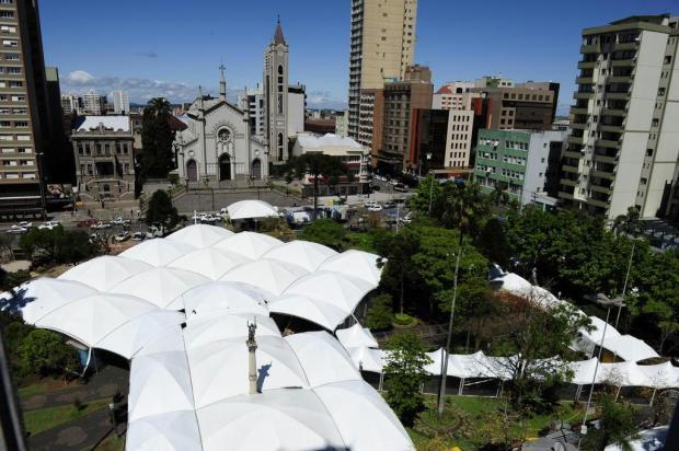 33ª Feira do Livro de Caxias terá 45 bancas e 77 sessões de autógrafos Roni Rigon/Agencia RBS