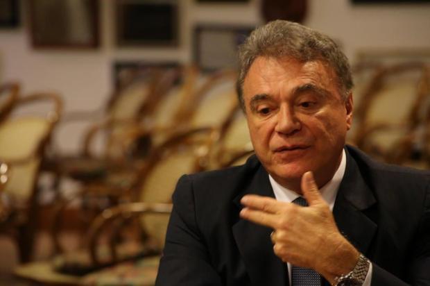 """""""O sistema é do balcão de negócios"""", diz senador Álvaro Dias Tadeu Vilani/Agencia RBS"""