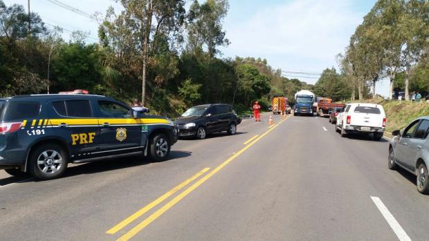 Acidente deixa uma pessoa morta na BR-470, entre Carlos Barbosa e Garibaldi PRF/