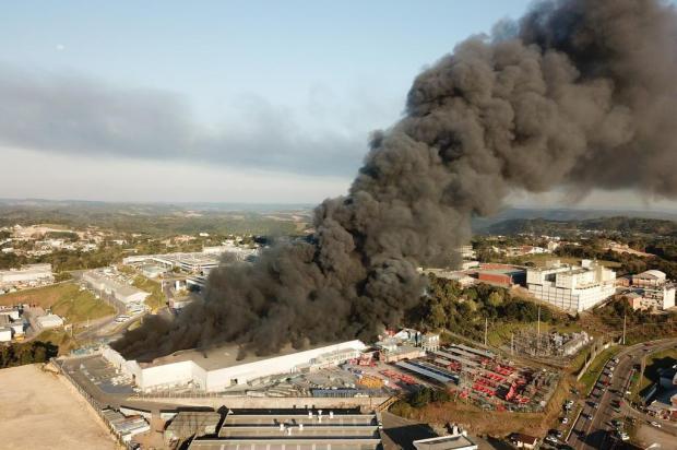 Marcopolo, em Caxias, pode parar atividades por pelo menos uma semana após incêndio Guilherme Dal Castel/divulgação