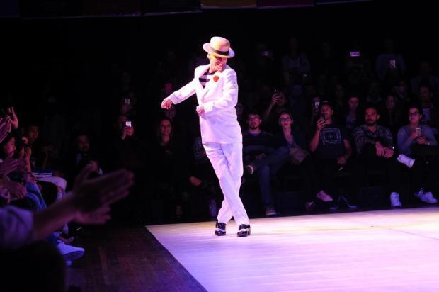 3por4: Carlinhos de Jesus faz sucesso na 5ª Mostra de Dança de Salão de Caxias Maurício Concatto/Divulgação