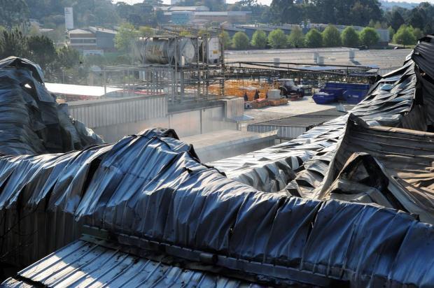 Uma semana após incêndio, trabalhadores da Marcopolo, em Caxias produzem em fábricas de outras empresas Marcelo Casagrande/Agencia RBS