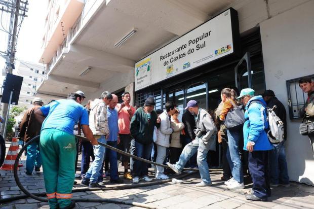 Problema em bombeamento de água atrasa início de atendimento em Restaurante Comunitário de Caxias Roni Rigon/Agencia RBS