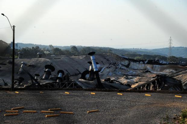 Marcopolo, de Caxias, suspende atividades por mais uma semana em função do incêndio Marcelo Casagrande/Agencia RBS