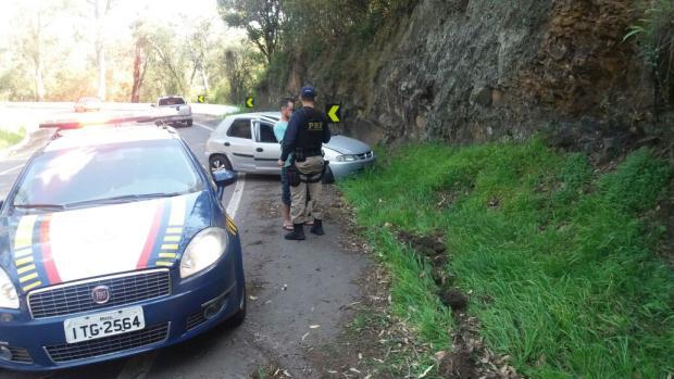 Motorista embriagado e sem habilitação é preso na BR-116, em Caxias divulgação/