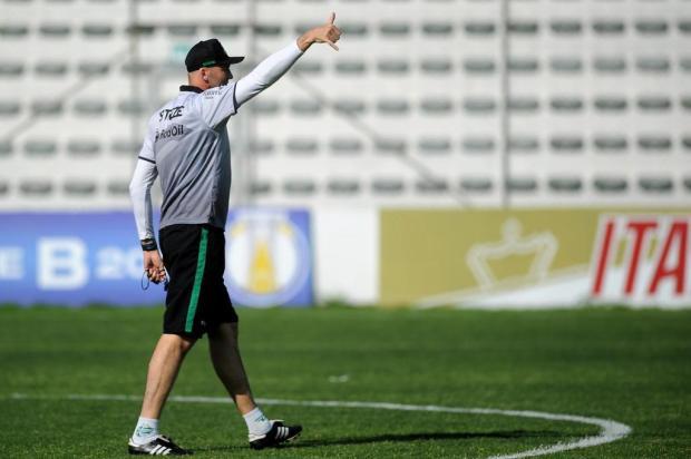 Gilmar Dal Pozzo quer time veloz e ousado contra o Boa Esporte Felipe Nyland/Agencia RBS