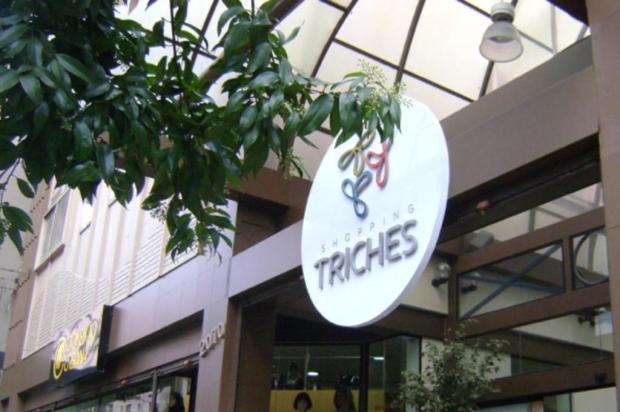 Lojistas do Triches, em Caxias, deixam o ponto a pedido do shopping Cristiele Arruda/divulgação