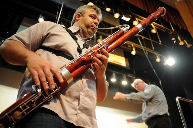 Fagote é destaque no Quinta Sinfônica, no UCS Teatro, em Caxias do Sul Felipe Nyland/Agencia RBS