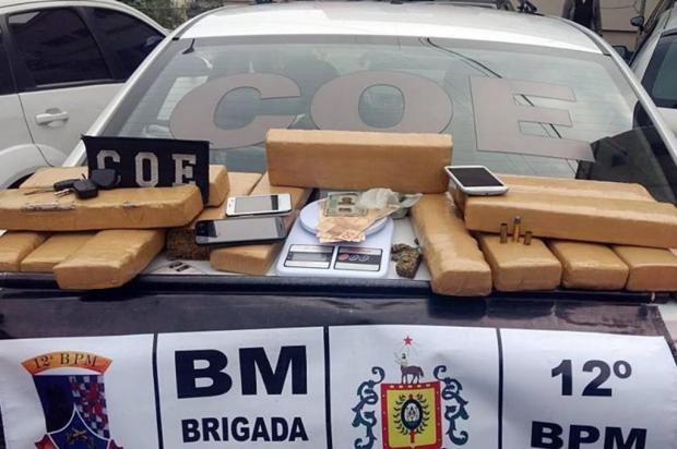 Brigada Militar apreende carregamento com 15kg de maconha em Caxias do Sul Brigada Militar/Divulgação