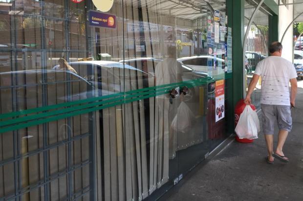 Supermercados da região fecham as portas após notificação da Justiça André Tajes/Agencia RBS