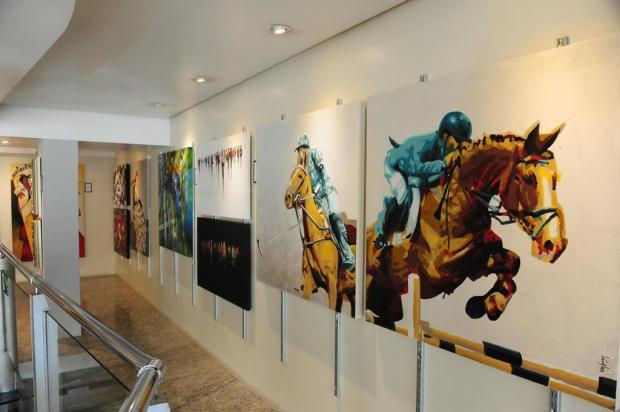Mostra coletiva reúne obras de 44 artistas em Caxias do Sul Roni Rigon/Agencia RBS