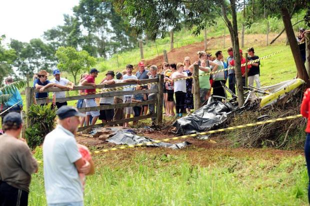 """""""Eu disse pra minha filha: 'Esse troço vai cair!'"""", conta testemunha de acidente aéreo em Barão Diogo Sallaberry/Agencia RBS"""