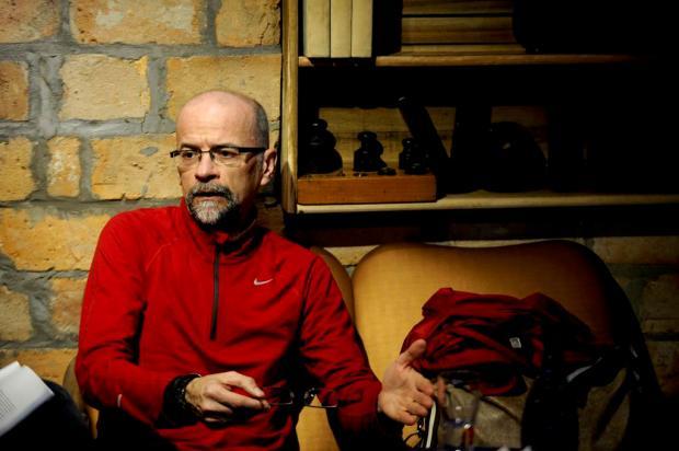 Agenda: Órbita Literária desta segunda promove bate-papo com professor João Armando Nicotti Marcelo Casagrande/Agencia RBS