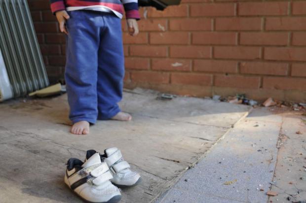 Ladrões furtam 60 pares de chinelos doados para crianças pobres de Caxias Marcelo Casagrande/Agencia RBS