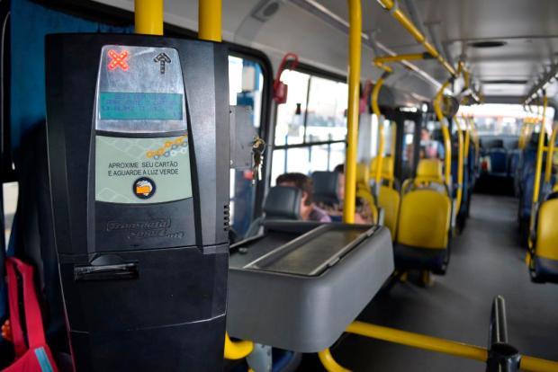 Passageiros são flagrados usando indevidamente cartão de ônibus de terceiros em Caxias do Sul Leonardo Portella / divulgação/divulgação