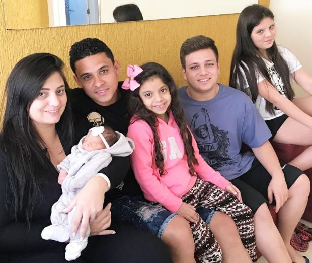 Pará comemora boa fase no Juventude e chegada da filha Manu Arquivo Pessoal/Arquivo Pessoal