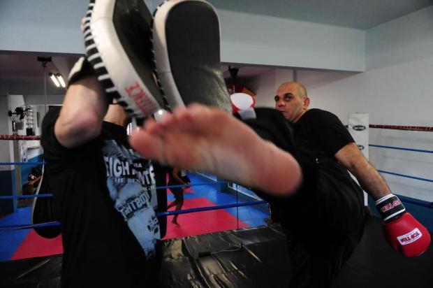 Adilson Facchin disputa mundial de kickboxing na Hungria Roni Rigon/Agencia RBS