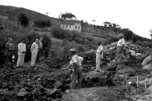 Memória: Inauguração da Av. São Leopoldo em 1952 Studio Geremia/Arquivo Histórico Municipal João Spadari Adami/Divulgação