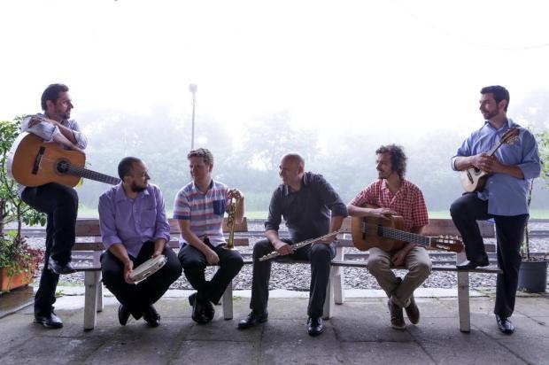 Grupo Choros de Balcão recebe Elias Barboza no último Comunidade em Concerto do ano, no domingo, em Caxias Ramon Munhoz/Divulgação