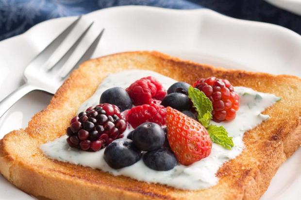 Prove toast de iogurte e frutas vermelhas Nestlé/Divulgação