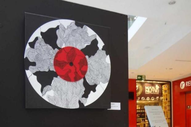 """Agenda: """"Mostra Arte Vinil"""" ocorre até dia 30, no Shopping San Pelegrino, em Caxias Mônica Reis/Divulgação"""